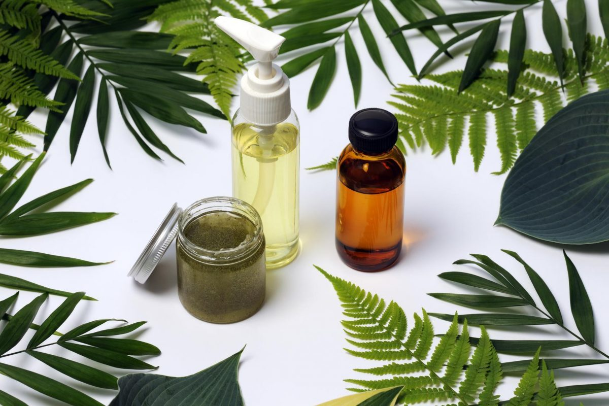 How to Make All-Natural Homemade Makeup Remover